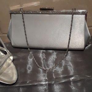 🌹Elegant Silver Clutch bag